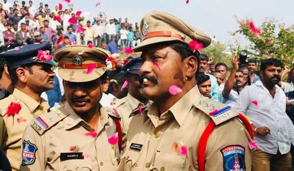 entire India welcomes and salute to Hyderabad police on encounter