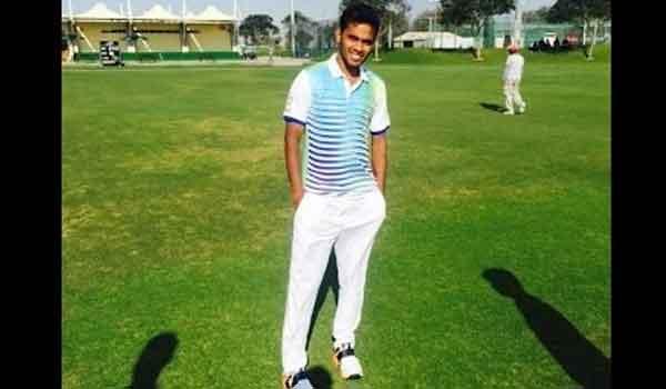 क्रिकेट में चिकारा ने ठोके 167 गेंद में 585 रन